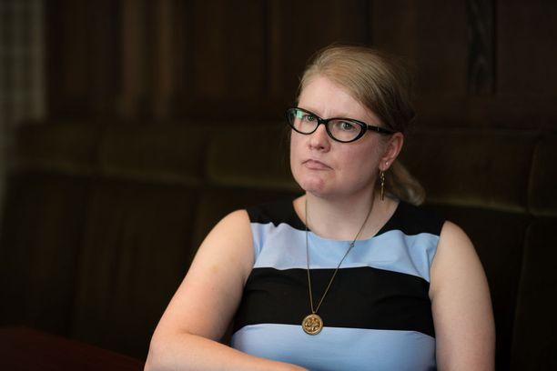 Ulla Kaunto haluaa muistuttaa, että autismikirjo on vain ominaisuus, ei koko elämää määrittävä sairaus. - Ehkä tämä on se, joka tekee minusta ainutlaatuisen. Jos saisin nyt valita, en luopuisi tästä.