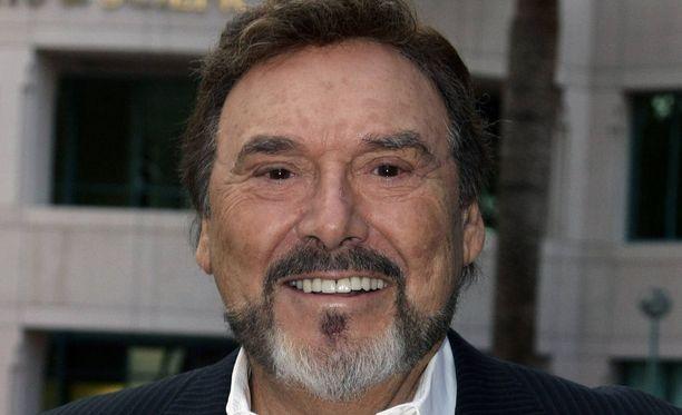 Kauniit ja rohkeat -saippuasarjassa Massimo Marone vuosina 2001-2006 esittänyt Joseph Mascolo on kuollut. Hän sairasti Alzheimerin tautia.