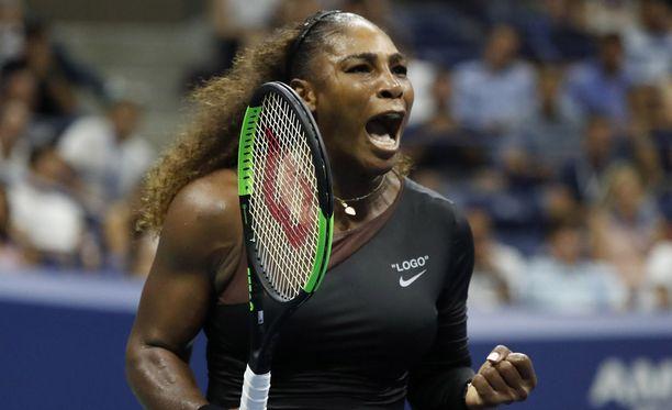 Serena Williams kukisti viime yönä Karolina Pliskovan.
