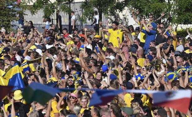 Malmössä juhlittiin Ruotsin voittoa suuren väkijoukon voimin.
