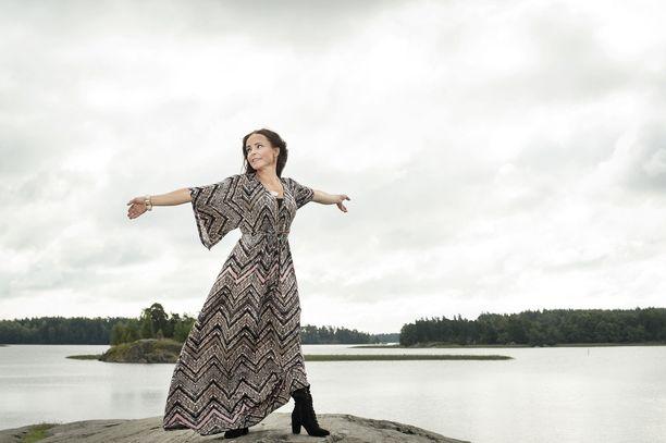 Kesällä 2015 Maria Kuusiluoma ehti käymään kuvauksissa rannalla Helsingissä.