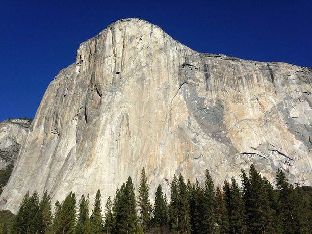 El Capitan on maailman suurin graniittimonoliitti.
