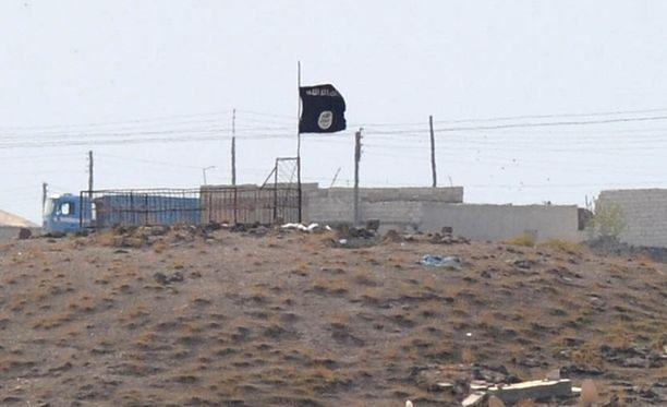 Isisin lippu liehui lokakuun 27. päivä Syyrian Kobanen kaupungin lähistöllä.