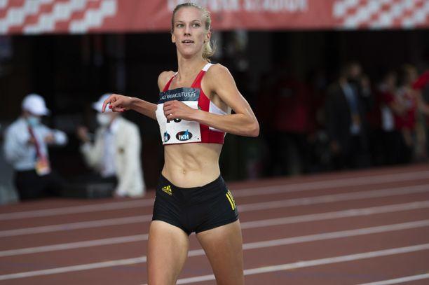 Camilla Richardsson otti 3 000 metrin estejuoksun kultaa Tampereen Kalevan kisoissa.