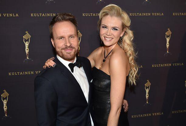 Mikko Kekäläinen sanoo, että kun lähetykset taas alkavat, aikovat hän ja Susanna Laine istua aivan lähekkäin.