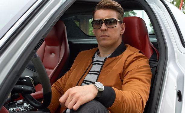 Cheekiä näytteli elokuvassa Antti Holma.
