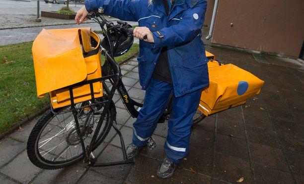 Postiljooneilla on todennäköisesti Suomen muhkein muutosturva.