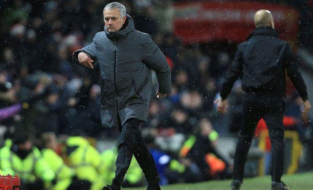 Tappio Pep Guardiolan Manchester Citylle oli liian paha pala sulatettavaksi José Mourinholle.