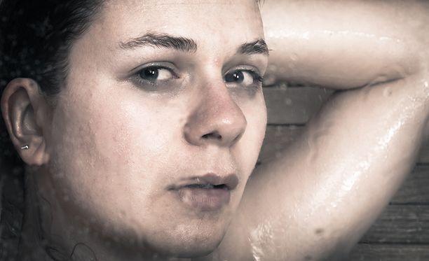 - Masennus on etäisyyttä ja hermostuneisuutta. Se on tyhjyyttä, jonka tuntee fyysisesti, Katelyn Marie Todd kirjoitti. Kuvituskuva.