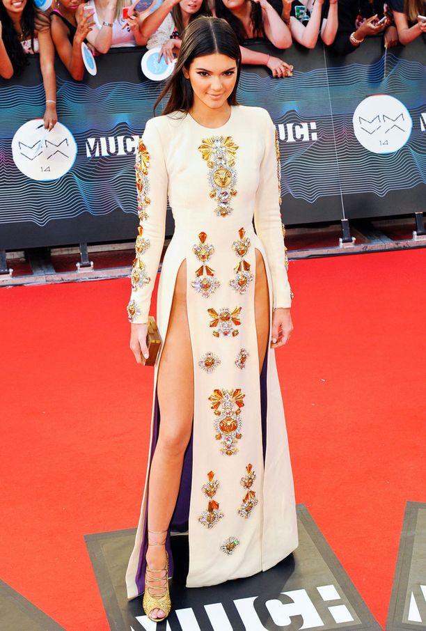 Kendall Jenner oli yksi nakumekkotrendin edelläkävijöistä. Tässä hän on kuvattuna vuonna 2014 MuchMusic Video Awards -tapahtumassa.