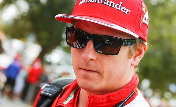 Ferrari-pomo Maurizio Arrivabene haluaa pitää Kimi Räikkösen itseluottamuksen korkealla.