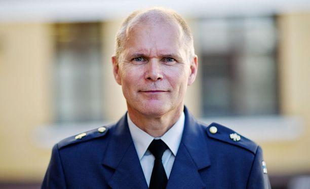 Puolustusvoimain komentaja Jarmo Lindbergin mukaan kyberhyökkäykset ovat arkipäivää.