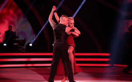 TTK: Tubettaja-Miisa lähes tunnistamattomana rohkeassa tanssissa – kuin Moulin Rougen Satine