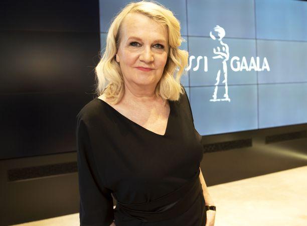 Näyttelijä Miitta Sorvali esitteli Jussi-ehdokkaat torstaina Helsingissä järjestetyssä tilaisuudessa.