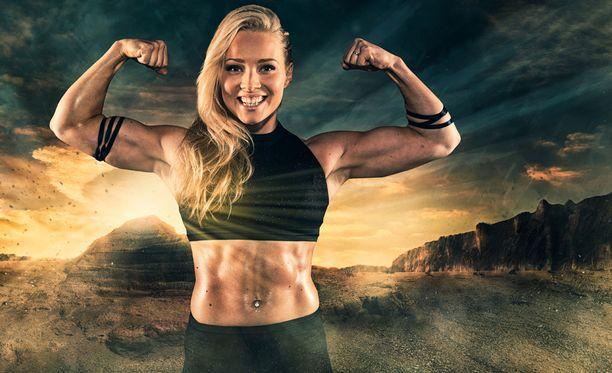 Entisenä fitness-kilpailijana tunnettu Oona Tolppanen on Gladiaattoreissa Safiiri.