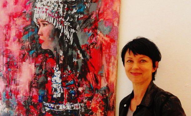 Katariina Souri perusti rakkaansa kanssa taideliikkeeen Helsinkiin.