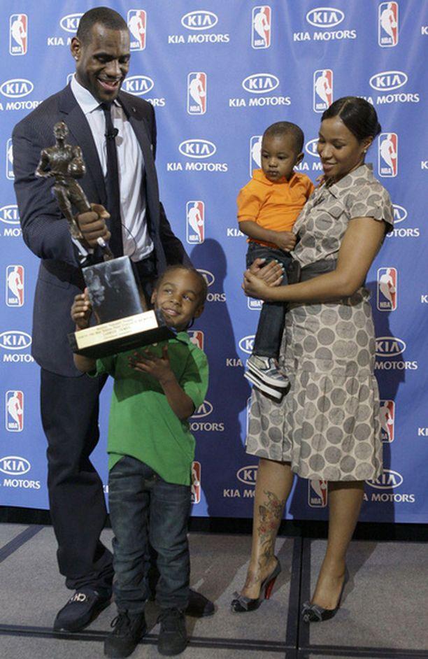 LeBron James ei olisi uskonut saavansa palkintoa näin nopeasti.