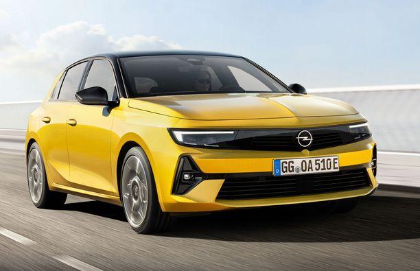 Uusi Opel Astra on ulkomitoiltaan edeltäjänsä kokoluokassa.