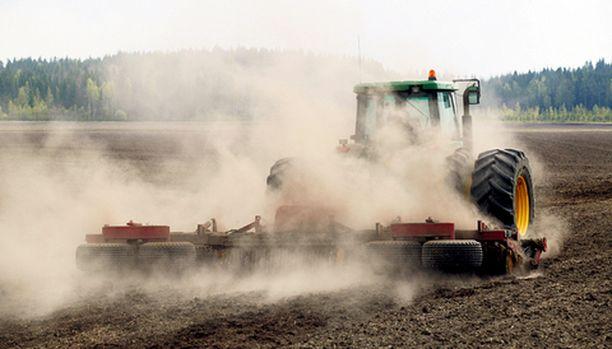 Peltoviljely tuottaa yli puolet Suomesta Itämereen joutuvista typpi- ja fosforipäästöistä.