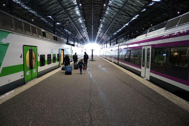 Kuvassa Helsingin rautatieasema.