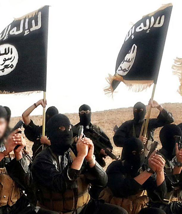 Isis kärsii kasvavasti rintamakarkuruudesta, kun taisteluissa tulee jatkuvasti tappioita.