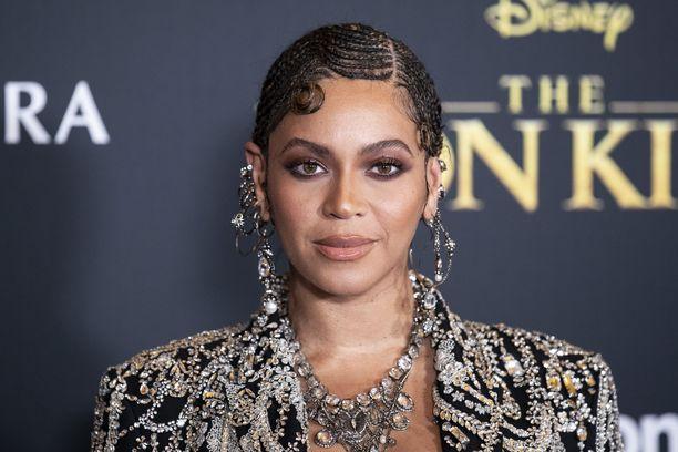 Beyoncé on kolmen lapsen äiti.