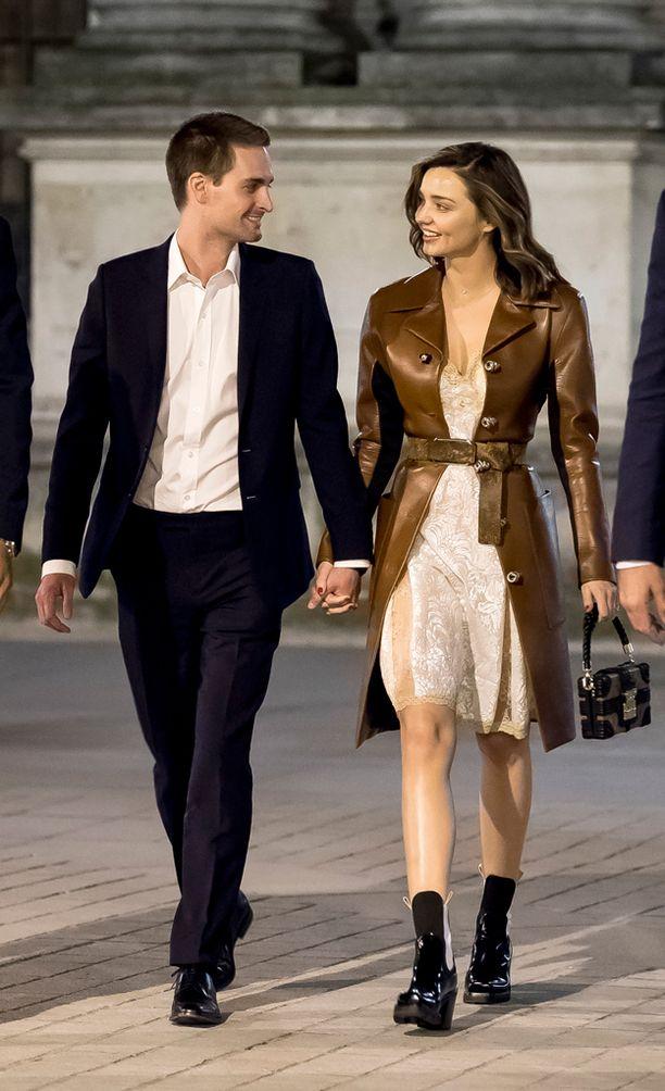 Forbes listasi Evan Spiegelin vuonna 2015 maailman nuorimmaksi miljardööriksi. Hänen omaisuutensa oli tuolloin runsaat 2,1 miljardia dollaria eli noin 1,9 miljardia euroa.