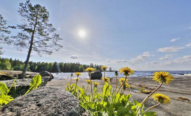 Lauantaina aurinkoisinta ja selkeintä on Lounais-Suomessa, kertoo Ilmatieteen laitos.