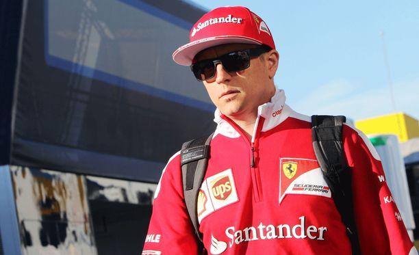 Kimi Räikkönen oli hyvässä lennossa perjantaina.