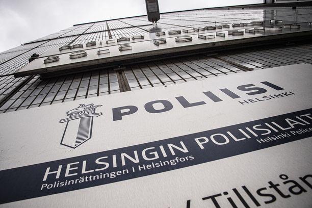 Epäilty on Helsingin poliisin mukaan tavanomainen opiskeleva nuori.