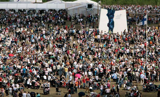 Vanhoillislestadiolaisten vuosittaisen suurtapahtumaan odotetaan kymmeniätuhansia kävijöitä.