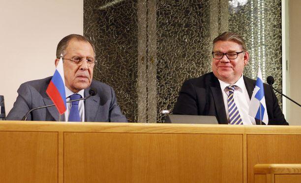 Venäjän ulkoministeri Sergei Lavrov ja ulkoministeri Timo Soini ovat tavanneet useita kertoja. Kuva vuodelta 2015.