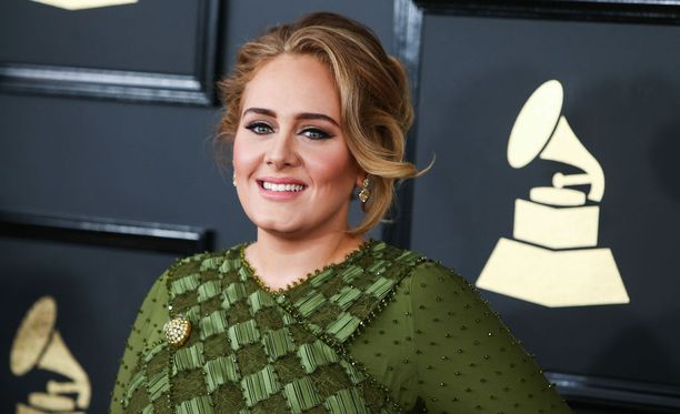 Adele on palkittu useilla Grammy-patsailla musiikistaan.