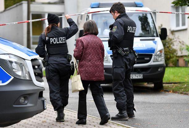 Poliisi järjesti eilen Saksan itäosassa Chemnitzissä massiivisen operaation.