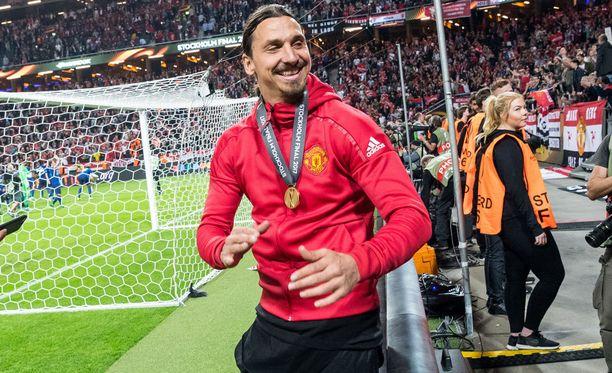 Zlatan Ibrahimovic innostui härskistä fanilakanasta.