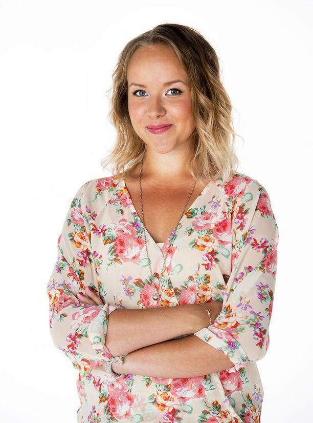 Näyttelijä Sara Parikka saa loppusyksyllä toisen lapsensa.