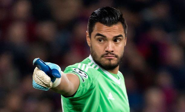 Sergio Romero joutuu jättämään MM-kisat väliin.