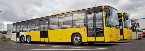 Bussien uuden värityksen halutaan viestivän myönteisyyttä, nopeutta ja huolettomuutta.