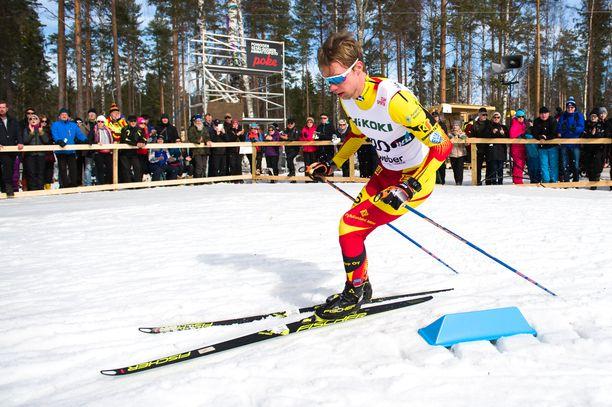 Joni Mäki menestyi viime kaudella sekä koti- että ulkomaan lumilla.