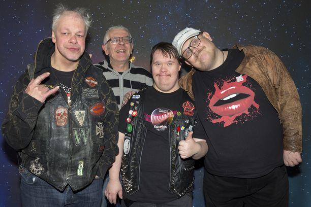 Pertti Kurikan nimipäivät -yhtye vetäytyi julkisuudesta vuonna 2016. Yhtye ehti soittaa yhdessä vuodet 2009-2016.