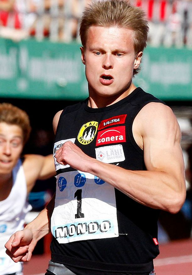 Visa Hongiston aika jää vain kuusi sekunnin sadasosaa hänen ennätyksestään 20,56, jonka hän juoksi viime kesänä Osakan MM-kisoissa.