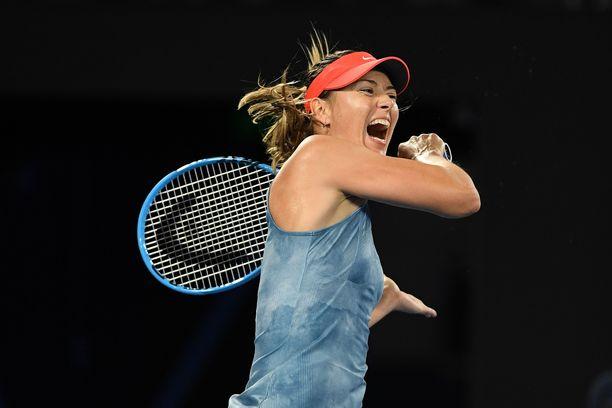 Maria Sharapova eteni vakuuttavasti neljännesvälieriin.