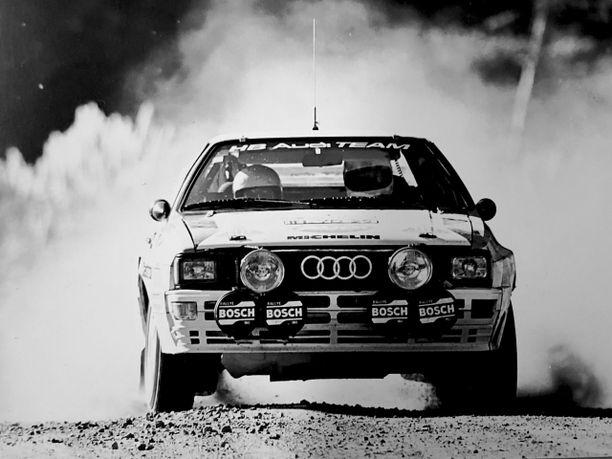Hannu Mikkola voitti Safari-rallin kahdesti, 1972 Fordilla ja 1987 Audilla (kuvassa).