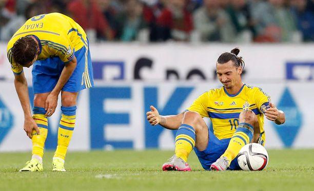 Zlatan Ibrahimovic pystyi pelaamaan vain 45 minuuttia.