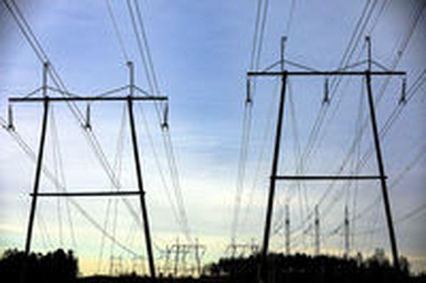 Sähkölasku muodostuu kahdesta osasta, sähköstä ja sähkön siirrosta. Vain sähkön voi kilpailuttaa. Siirto ostetaan alueellisilta monopoleilta.