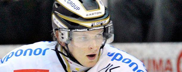 Janne Tavi oli iskussa Saipaa vastaan.