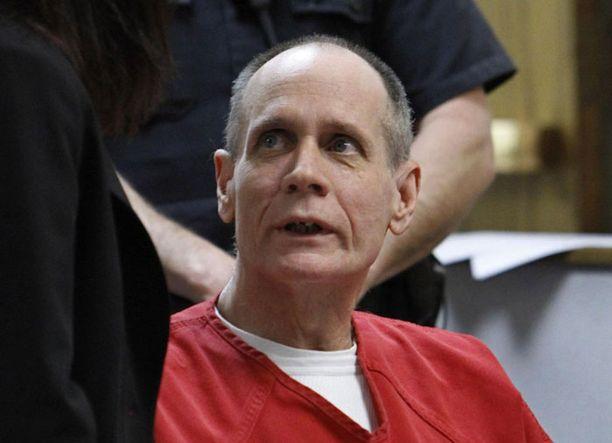 Phillip Garridoa ja hänen Nancy-vaimoaan syytetään Jayceen sieppaamisesta ja raiskauksesta.
