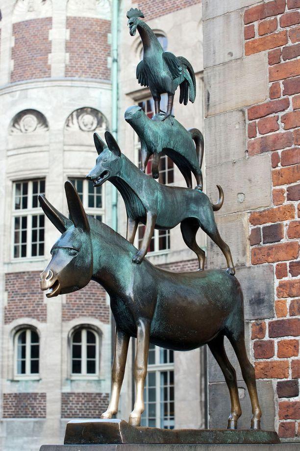 Bremenin soittoniekat. Grimmin sadusta tuttu nelikko on kaupungin symboli.