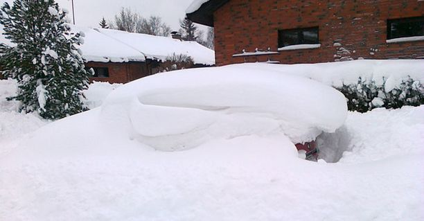 Eikun lumitöihin..