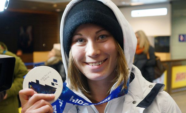 Enni Rukajärvi voitti hopeaa Sotshin olympialaisissa.